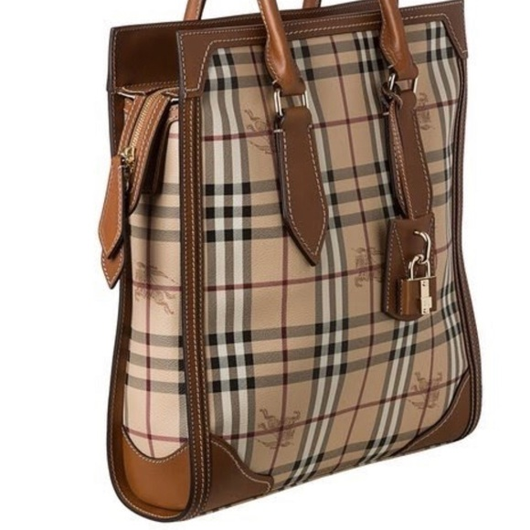 14e8b8be94 Burberry Handbags - Authentic Burberry Haymarket Tote- Medium